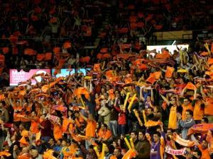 Valencia Basket - La Bruixa d'Or: la búsqueda del factor pista taronja en la despedida de Ponsarnau
