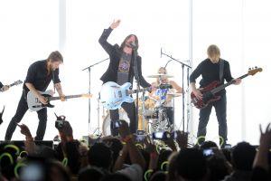 Foo Fighters tocan su nuevo sencillo
