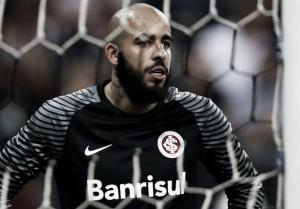 """Danilo destaca papel em vitória do Inter: """"Estou para defender bolas que ninguém acredita"""""""