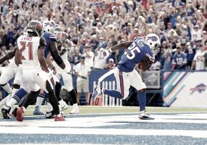 Los Buccaneers regalan la victoria a los Bills