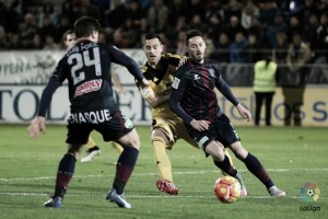 Osasuna - Huesca: Vencer para creer