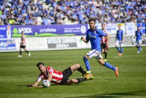 El Oviedo ayuda a cavar la tumba al Zamora