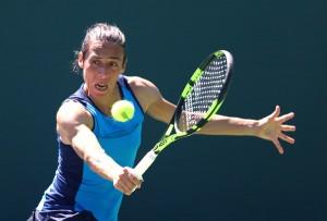 WTA Bogotà - La Errani cede alla Larsson, la Schiavone batte la Bertens. Oggi le semifinali