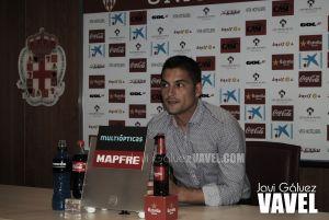 """Francisco: """"Pensamos en competir y en ponérselo difícil al Villarreal"""""""