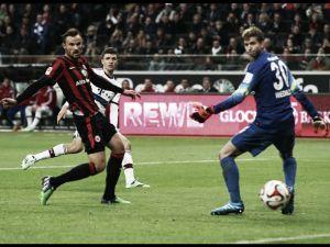 Resultado Eintracht de Frankfurt vs Bayern de Múnich en Bundesliga 2015: muro de águilas (0-0)