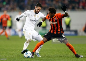 Report: Manchester United agree deal with Brazilian midfielder Fred