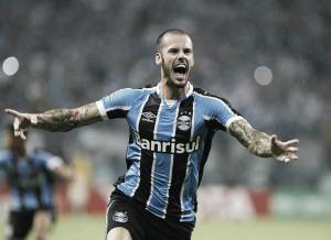 Com aval de Argel, Vitória acerta com Grêmio e se aproxima de zagueiro Fred