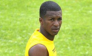 Frickson Erazo sancionado por falta disciplinaria y no jugará frente a Liga de Loja