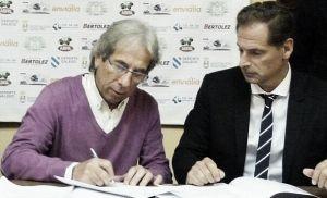 Firmado el convenio con el Pabellón CF