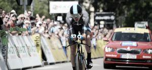 Chris Froome avisa en la contrarreloj y ya lidera Dauphiné