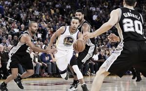 NBA: Warriors vencem Spurs e igualam recorde dos Bulls