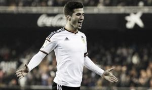 Talented young full-back Jose Gayá signs contract extension with Valencia