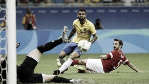 Rio 2016: Gabigol stars as Brazil sweeps Denmark aside