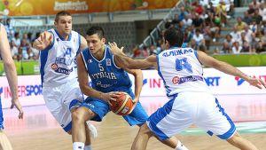 Belinelli lleva a Italia a la victoria ante Grecia