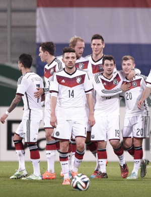 Germany  U21s 3-1 Netherlands U21s: Germany clinical as Netherlands waste chances