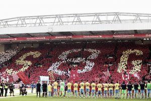 Il saluto di Anfield a Gerrard