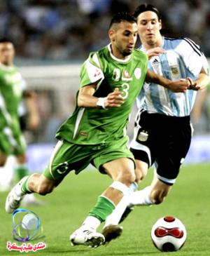 الجزائريان بلحاج وجابو ضمن أفضل 50 لاعب في الموسم الماضي