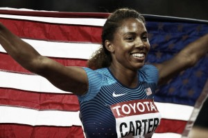 World Athletics Championships: Kori Carter fends off Dalilah Muhammad for 400m hurdles title