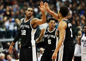 NBA - A San Antonio il derby texano, Mavericks ko