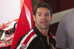 Carlos Checa annuncia il ritiro