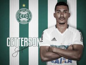 Além de Alecsandro, Coritiba oficializa contratações de Tomas Bastos e Getterson, ex-JMalucelli