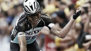 Tour de France 2015: Tony Martin takes the yellow jersey with dramatic victory in stage four