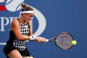 WTA Carlsbad Monday Recap: Seeds Gibbs, Broady, Jovanovski Advance