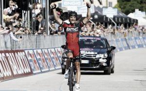 Giro, Gilbert bissa il successo di Vicenza, Contador guadagna ancora sugli avversari