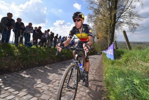 Gilbert fora do Paris-Roubaix