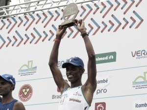 'Em casa', Giovani dos Santos conquista o sexto título consecutivo da Volta da Pampulha