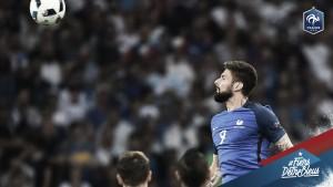 Olivier Giroud se lesionó en un entrenamiento