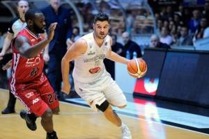 LegaBasket Serie A - JuveCaserta: rinnovo per Giuri, Papa e Michelutti