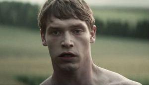 'Glue', el nuevo y salvaje drama adolescente de misterio