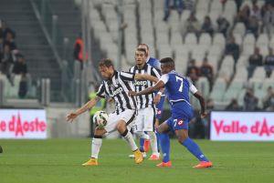 Carlos Carbonero debutó con derrota en la Serie A frente a la Juventus