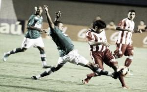 Goiás recebe Náutico buscando se distanciar da zona de rebaixamento da Série B
