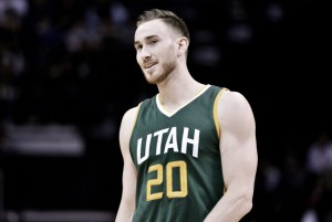 Gordon Hayward signs a four-year, $128 million contract with Boston Celtics