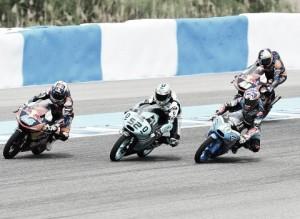 Vuelta al 2015. GP de España: Danny Kent demostró su fortaleza en el cuerpo a cuerpo