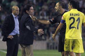 Cani se queja del arbitraje recibido en Sevilla