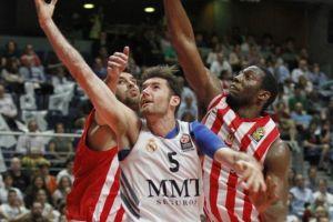 Olympiacos prolonga la serie en un agónico final