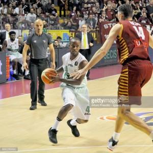 Umana Venezia - Sidigas Avellino in diretta, live playoff Legabasket 2016/17: 73-80 il risultato finale