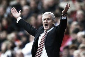 """Mark Hughes: """"No estoy para nada convencido del penalti que se le concedió al Crystal Palace"""""""