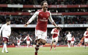 La domenica di Premier League: l'Arsenal passeggia sull'Aston Villa, lo Swansea espugna il St. Mary's