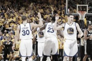 Il mese perfetto: Golden State Warriors per la storia