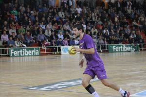 MMT Seguros Zamora - BM Guadalajara: dos puntos vitales en juego