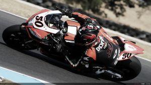 Sylvain Guintoli logra una pole de récord en Phillip Island