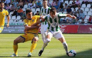 El Córdoba acaba más cerca del play off que del descenso
