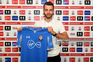 Angus Gunn pens five-year deal to join Southampton