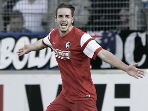 SC Freiburg 2-0 Schalke 04: Schmid's super strike secures back-to-back wins