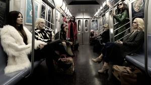 """Museu de NY é alvo no novo trailer de """"Oito Mulheres e um Segredo"""""""