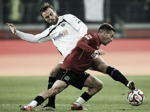 Hannover 96 1-2 SC Paderborn: Second half show gives SC Paderborn all three points